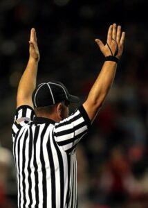 football referee alberto lempira